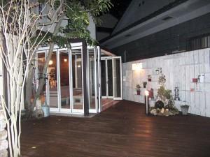 ガーデンショップ店舗(夜景)
