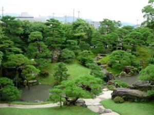280:庭園全景