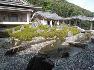 310:曲水の庭